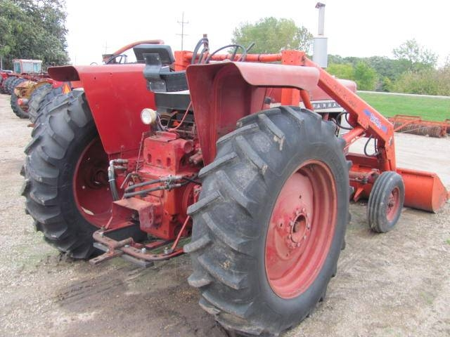 International 656 Tractor With Loader : Roers equipment inc